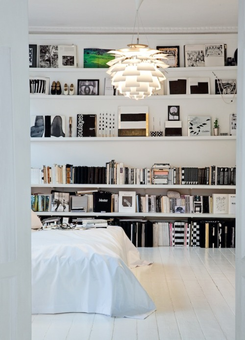 interiorsporn:  via bolaget  In my dream life I live here.