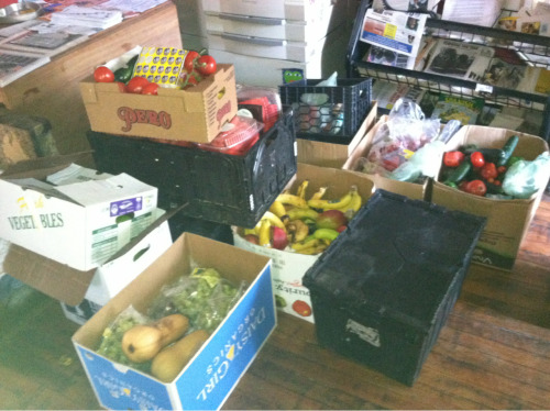 dumpsterheathen:  Check out all this food for Food not Bombs today!