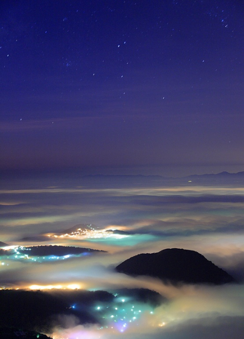 guccidelgay:  Paradise, Datun Mountain. By: Johns Tsai