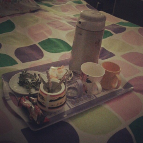 My night cafeteria #graduation_project #graduation #night #nescafe #tea #mint #yummy #studying #late_studying #nerd #myroom #mylife #mystyle #myfashion #mythings