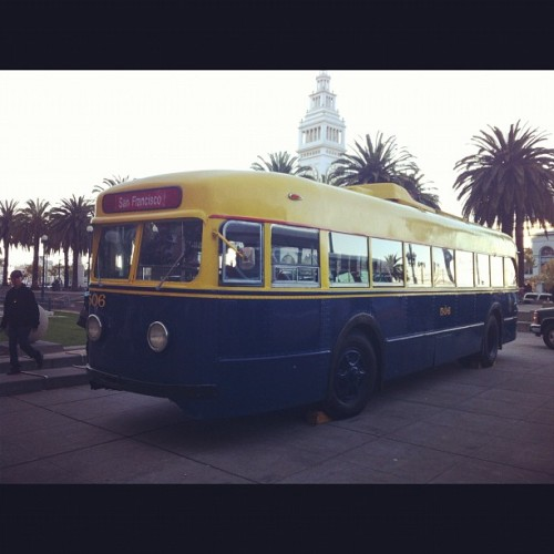 Vintage 1941 Trolleybus #muni100thanniversery (at San Francisco Railway Museum)