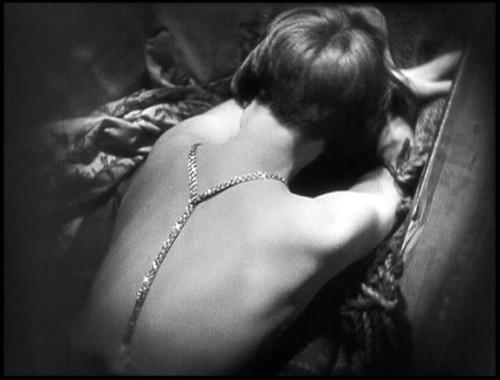 laudanumat33:  Louise Brooks in Pandora's Box (1929).