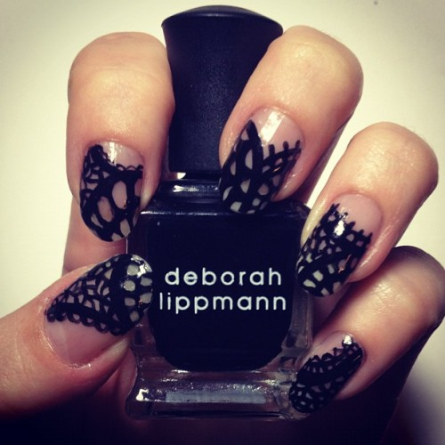 D's weekend #nailart using @deborahlippmann