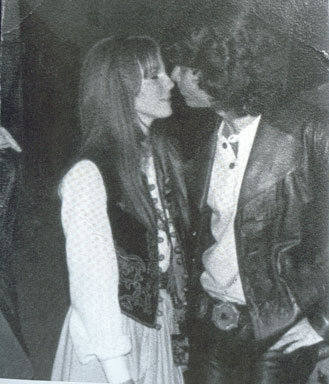 onlyfriendtheend:  Pamela Courson and Jim Morrison.
