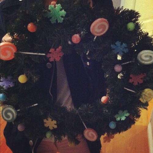 made this candy themed wreath tonight..is it too early for Christmas? I can't resist..I'm a December baby 😜 #christmas #xmas #wreath #candy