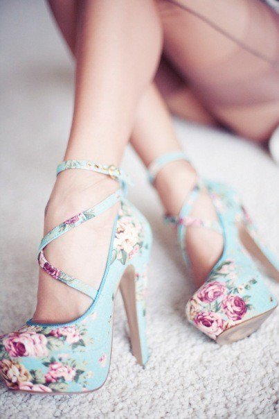 b-ellarose:  Maipessa on We Heart It. http://weheartit.com/entry/42118013