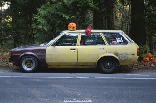This… Is the Speedhero Banana wagon. It is the coolest deathtrap I have ever had the pleasure of being inside. Stripped to bare minimums and powered by a 12a rotary, it's obnoxious in both sight and sound. It's beautiful. I want to do a nice write-up on Drifted about it. I need motivation!