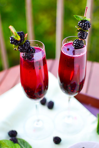fattiesdelight:  Blackberry Champagne Margarita