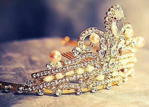 amazing, bling, chrown, cool - inspiring picture on Favim.com on We Heart It. http://weheartit.com/entry/43081835