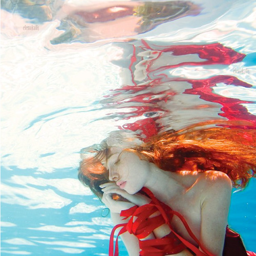 Mind blasted. sexyqueen:  Magical World of Water