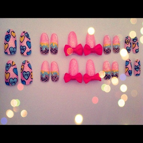 Working on some Kawaii, Bad Ass, Pop and more… Nails for @lovemycustom 's new ring collection !! Here's a sneak perk if the first set ! 💖