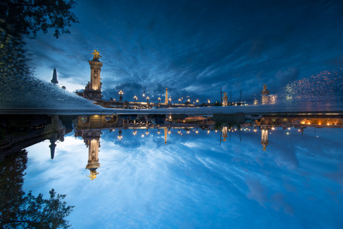 """Blue hour at Paris - up and down"" by Eloy RICARDEZ"
