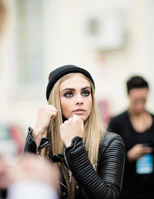 mezmorize:  obsessed with cara omg