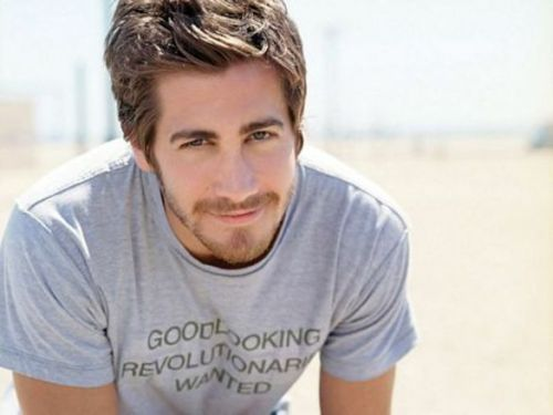 Who is Jake Gyllenhaal's new lady? Click for more!