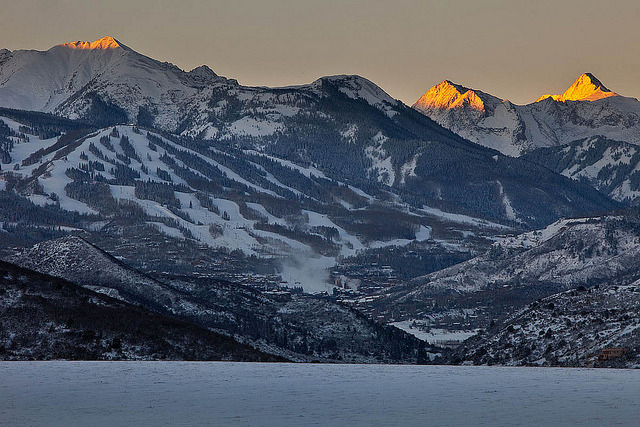 Snowy Sunrise in Aspen/Snowmass, November 12, 2012 by Aspen/Snowmass on Flickr.Via Flickr: Scenic sunrise photos from the four area mountains after the first major storm of the season dropped 13 inches over the weekend. Photos by Jeremy Swanson