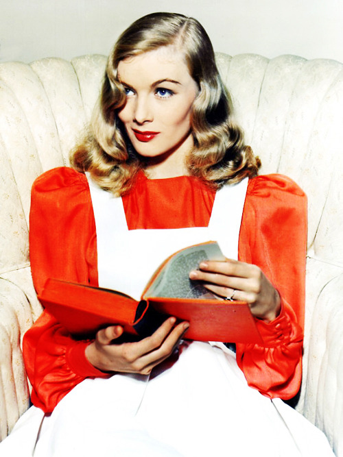 Happy Birthday Veronica Lake  (November 14, 1922 – July 7, 1973)