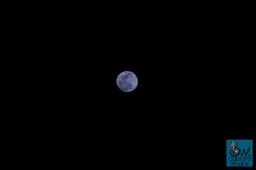 Cimmerian Moon. I wanted to capture the moon bigger but I only had a 200mm lens. Aperture: F/5.6 Shutter Speed: 1/100s ISO Sensitivity: ISO 100