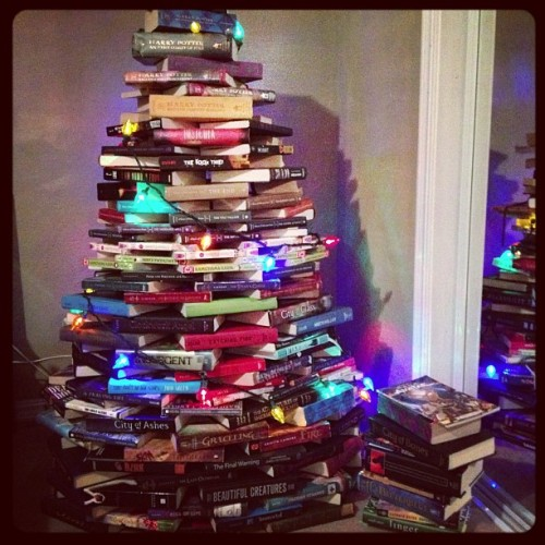 violentcurrents:  a-starkid-in-the-tardis:  Merry Christmas book nerds everywhere!  this is the coolest thing i have ever seen