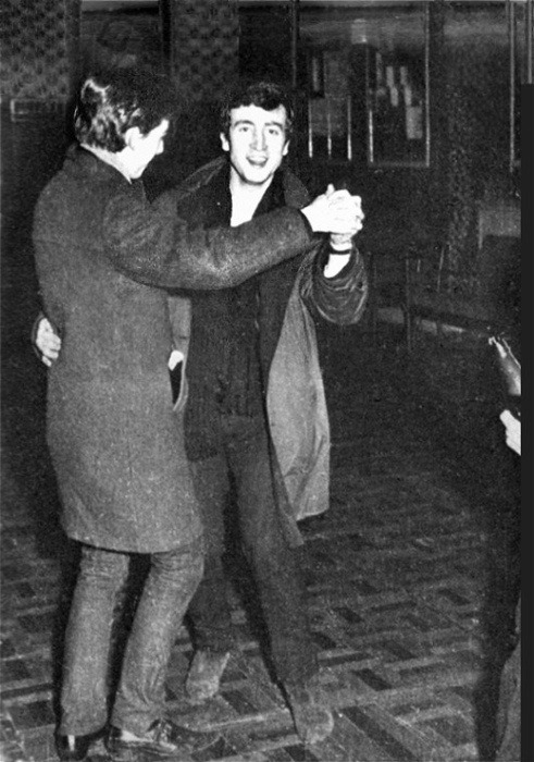 beatlesdreams-beatlesthings:  John & Geroge dancing!   Aww