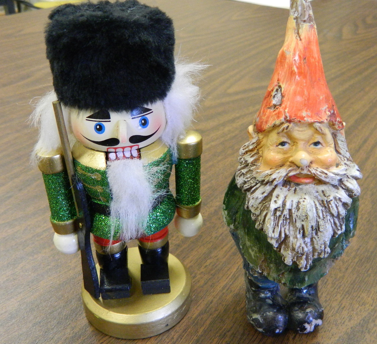 Gnomey has a seasonal new friend.