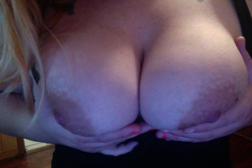 onlycutechubbygirls:  24 yr old from florida (:  ____________________ Submission. onlycutechubbygirls@hotmail.com http://onlycutechubbygirlsxxx.tumblr.com http://onlycutechubbygirls.tumblr.com http://onlycutechubbyguys.tumblr.com SUBMIT HERE! MAKE MONEY WITH TUMBLR«<