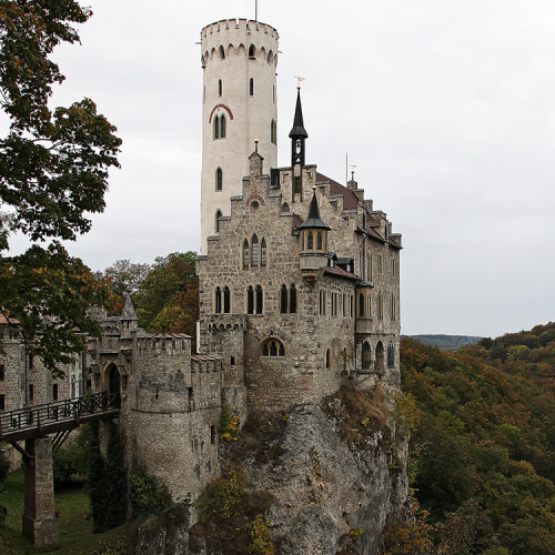 allthingseurope:  Castle, Lichtenstein, Germany (by pe_ha45)
