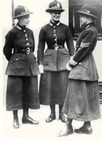 indigoasmodel:  Female police officers, London, 1919