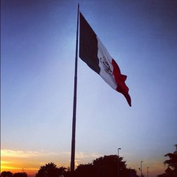 #sunset #cancun #mexico #mexican #flag #bluesky #skyporn #iphonesia #igers #travel #backpacking
