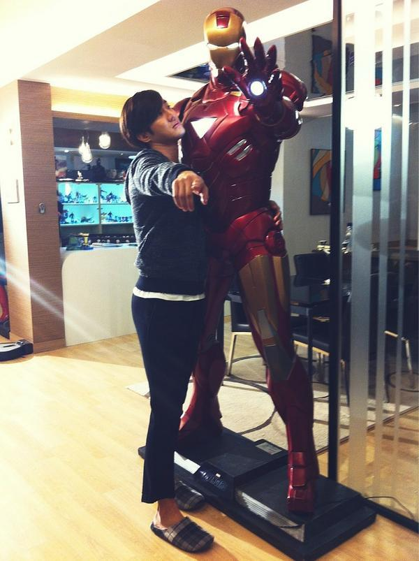 Iron Man! Punish those who are not watching Lord of the Dramas live!