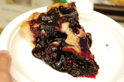 Cherry Berry Crumble Pie