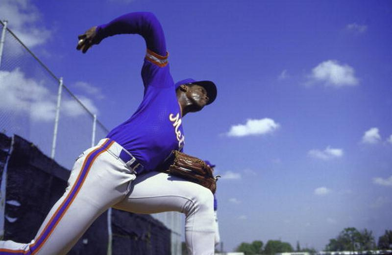 BACK IN THE DAY |11/13/85| Dwight Gooden, the youngest 20 game winner in MLB History, wins the NL Cy Young.