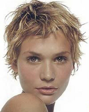 round face short hairstyles