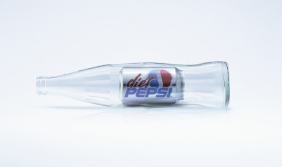 Diet Pepsi Can Ad by BBDO