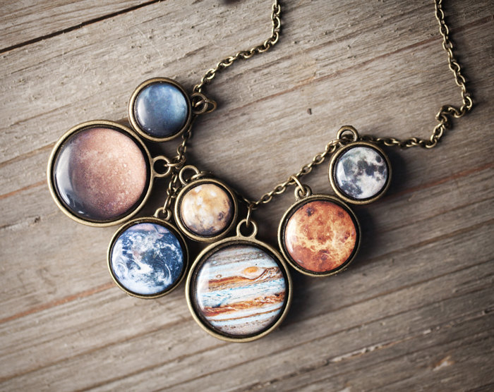 strangeasanjles:  kami-kazie:  waltzingmatildablog:  Solar system necklace!  SHIT I NEED THIS  holy shit  WHAT THE FUCK IS GOING ON TWO PLANETS ARE MISSINGI'M UPSET WHERE'S MERCURY AND PLUTO ARE THOSE EVEN THE ONES THAT ARE MISSING I HATE THIS AND YES PLUTO IS STILL A PLANET FUK THE HATERS