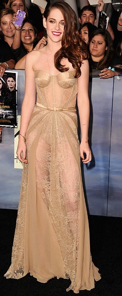 "Kristen Stewart at last night's Breaking Dawn — Part 2 premiere: Sheer genius, or ""oops, looks like you forgot to wear a dress""?"