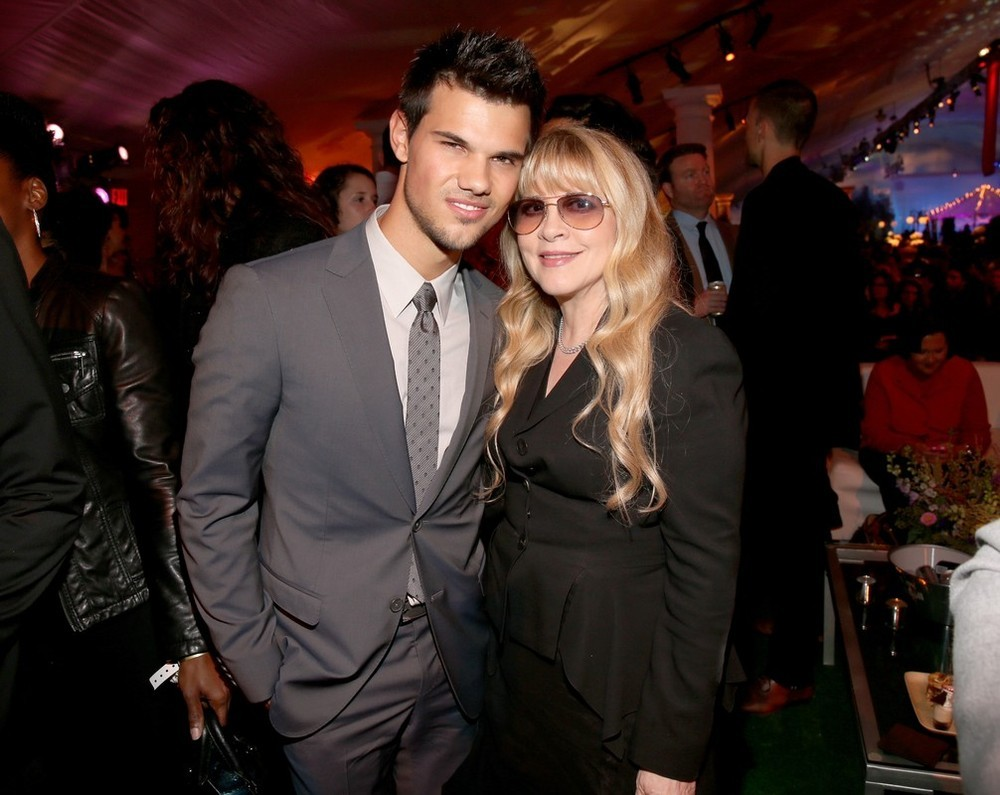 Taylor Lautner and Stevie Nicks (?!) at the Twilight: Breaking Dawn Part 2 Los Angeles Premiere.