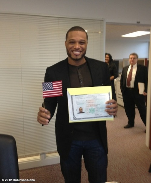 hypervocal:  Citizen Cano! Robinson Cano became an American today.