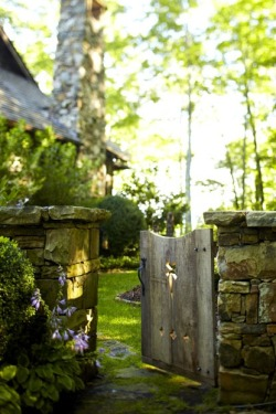 refriedhippie:  Secret Garden Gate