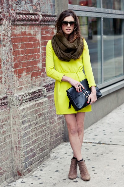 We simply must have this neon yellow dress from H&M…New York City, NY (via On the Racks)