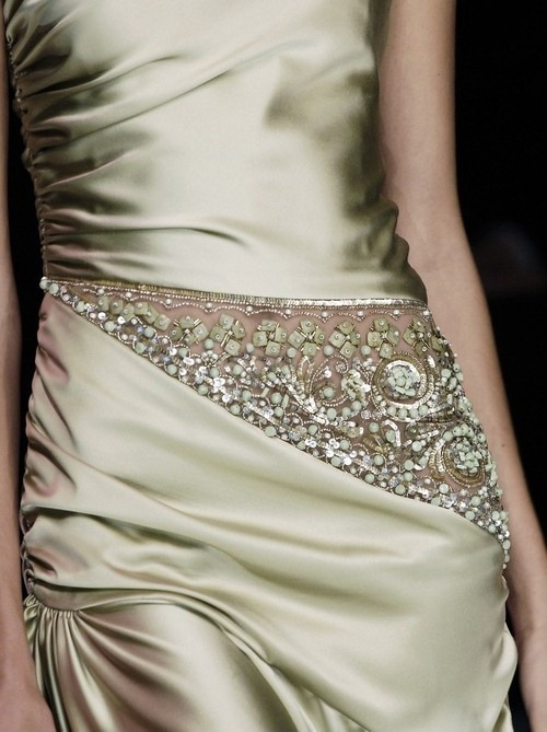 (via I'm Haute For You! / Valentino)