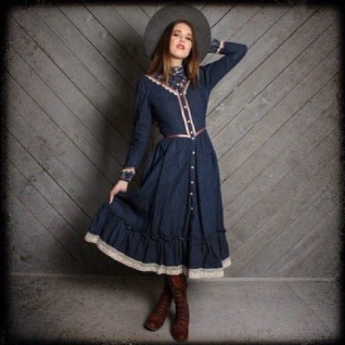Exclusive #vintage #gunnesax #denim dress on @marketpublique! #vintagefashion #bohostyle #prairiedress #hippiestyle #hippie #bohemianfashion #marketpublique