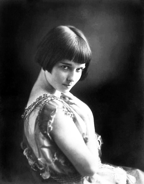 whataboutbobbed:  thank you Mary Louise Brooks (November 14, 1906 – August 8, 1985) The BobFatherMother