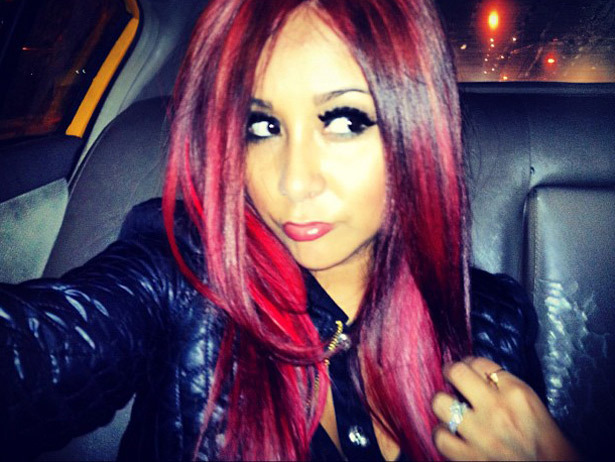 We're totally into Poison Ivy Red Snooki!