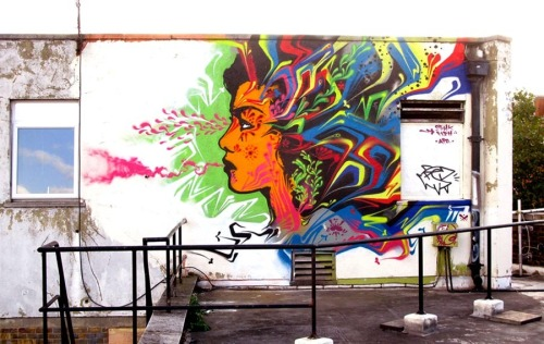 (via unurth | street art)
