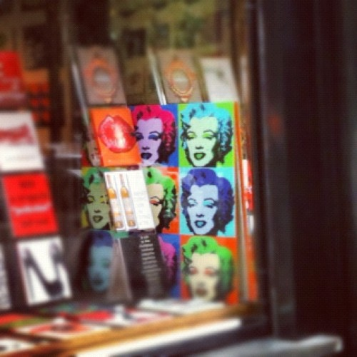 #marilyn #monroe #display #andy #warhol #pop #art #diva #bruxelles #brussels #belgium #cute #beautiful #woman