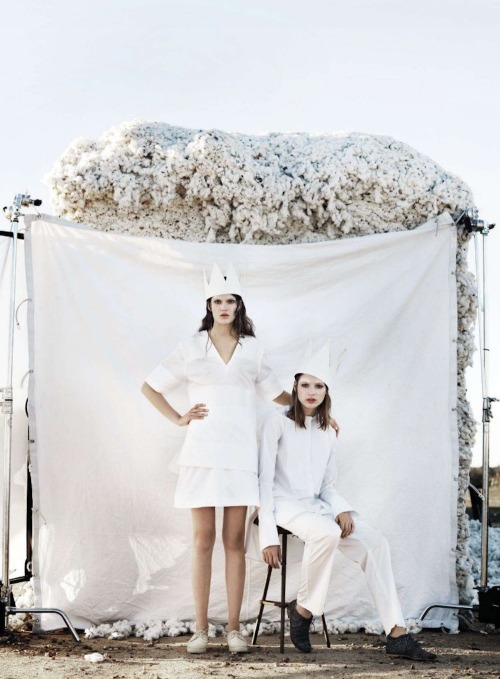 Blanc Canvas, Vivian Witjes and Victoria Anderson by Corrie Bond for Marie Claire Australia, August 2012