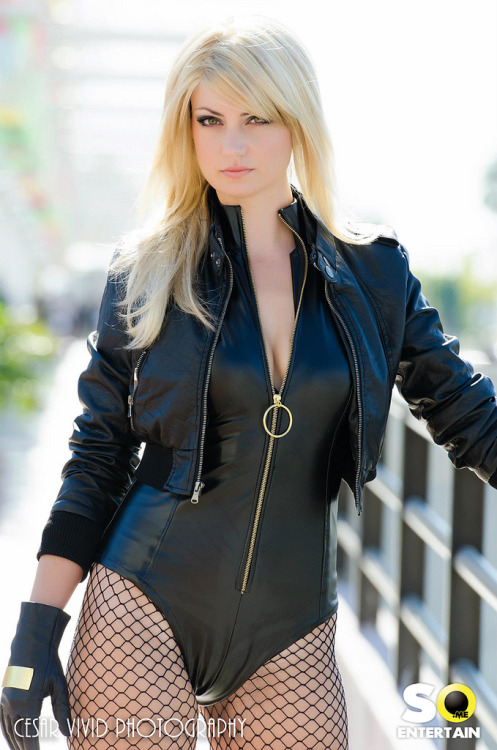 keaneoncomics:  Black Canary (by _Lady_Lynn_)     Will never understand the need to change this costume. Fantastic.
