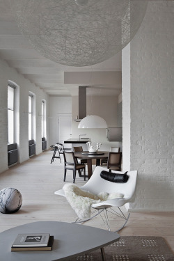 habitualbliss:  Contemporary Russian Apartment With a History // Ekaterina Sokolova | Afflante.com