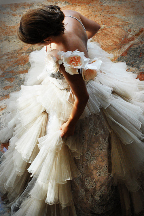 ana-rosa:  via:http://junebugweddings.com
