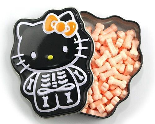 ok..i never know hello kitty has bones..